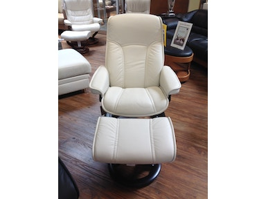 Slone Clearance Center Ekornes Chair & Ottoman 286