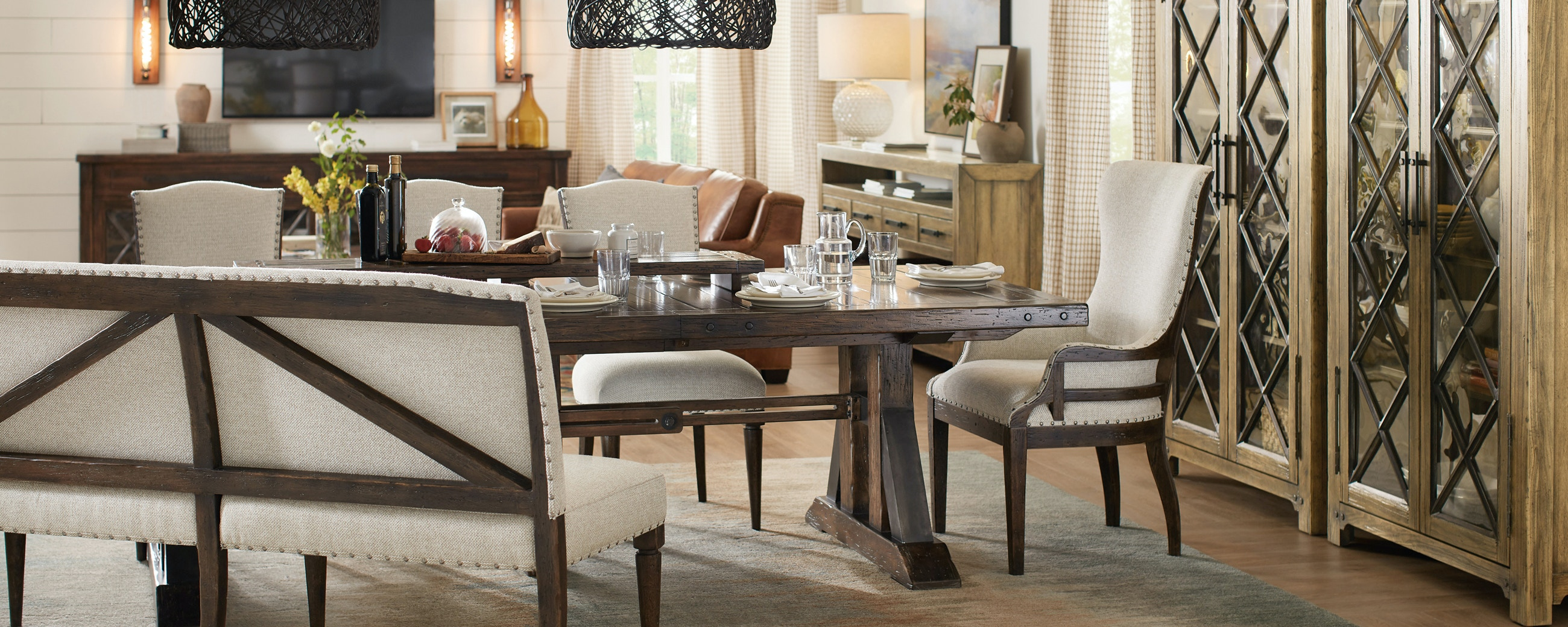 Living Room Furniture Design. Roslyn County Living Room Furniture Design