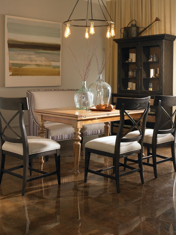 Vanguard Living Room Furniture: Vanguard Living Room Thomas Settee V592-SE