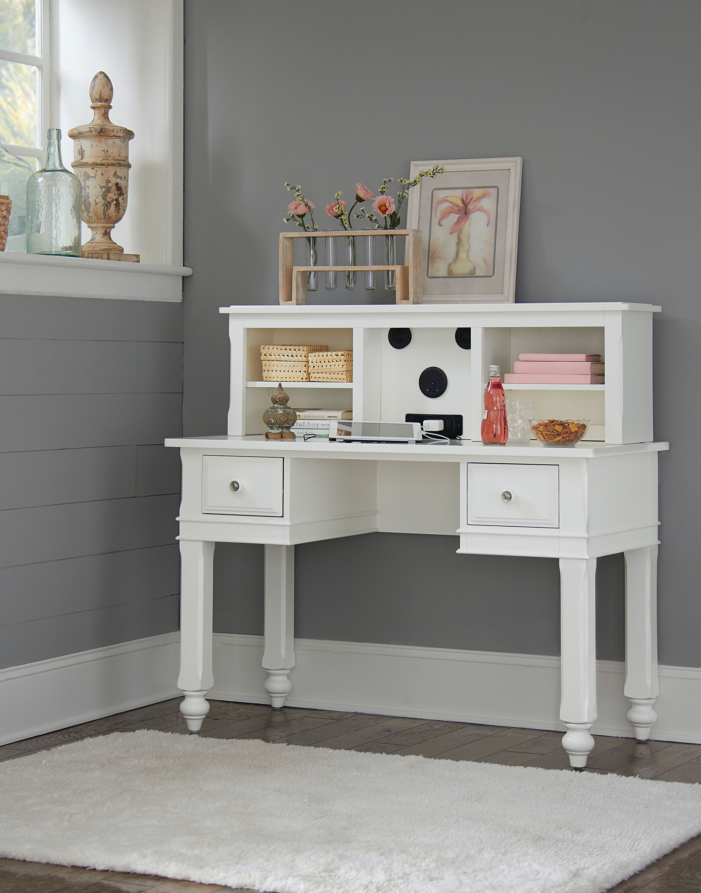 Hillsdale Kids And Teen Youth Lake House Writing Desk With Hutch