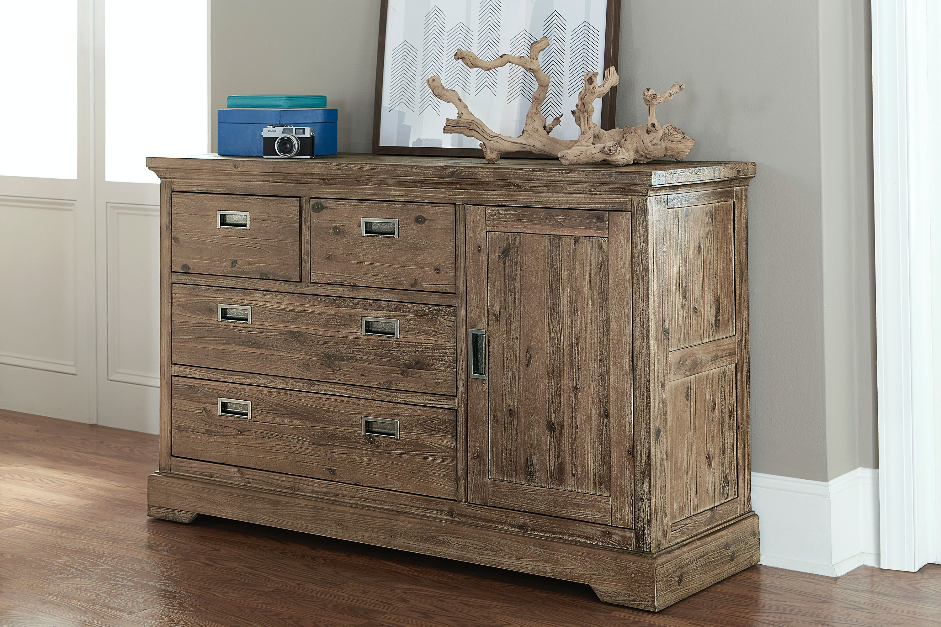 Exceptionnel Hillsdale Kids And Teen Oxford 4 Drawer Dresser With Door 7104 718