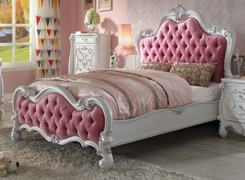 Versailles Queen Bed
