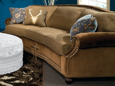 Marshfield Furniture Living Room Conversation Sofa