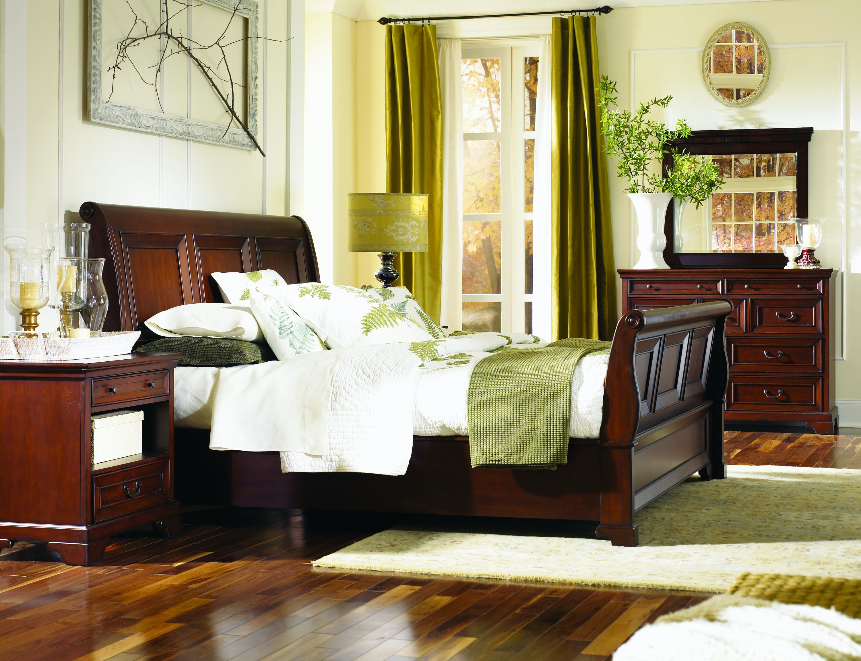 Homeworks Richmond Queen Sleigh Bed Headboard HWI40400 From Walter E.  Smithe Furniture + Design