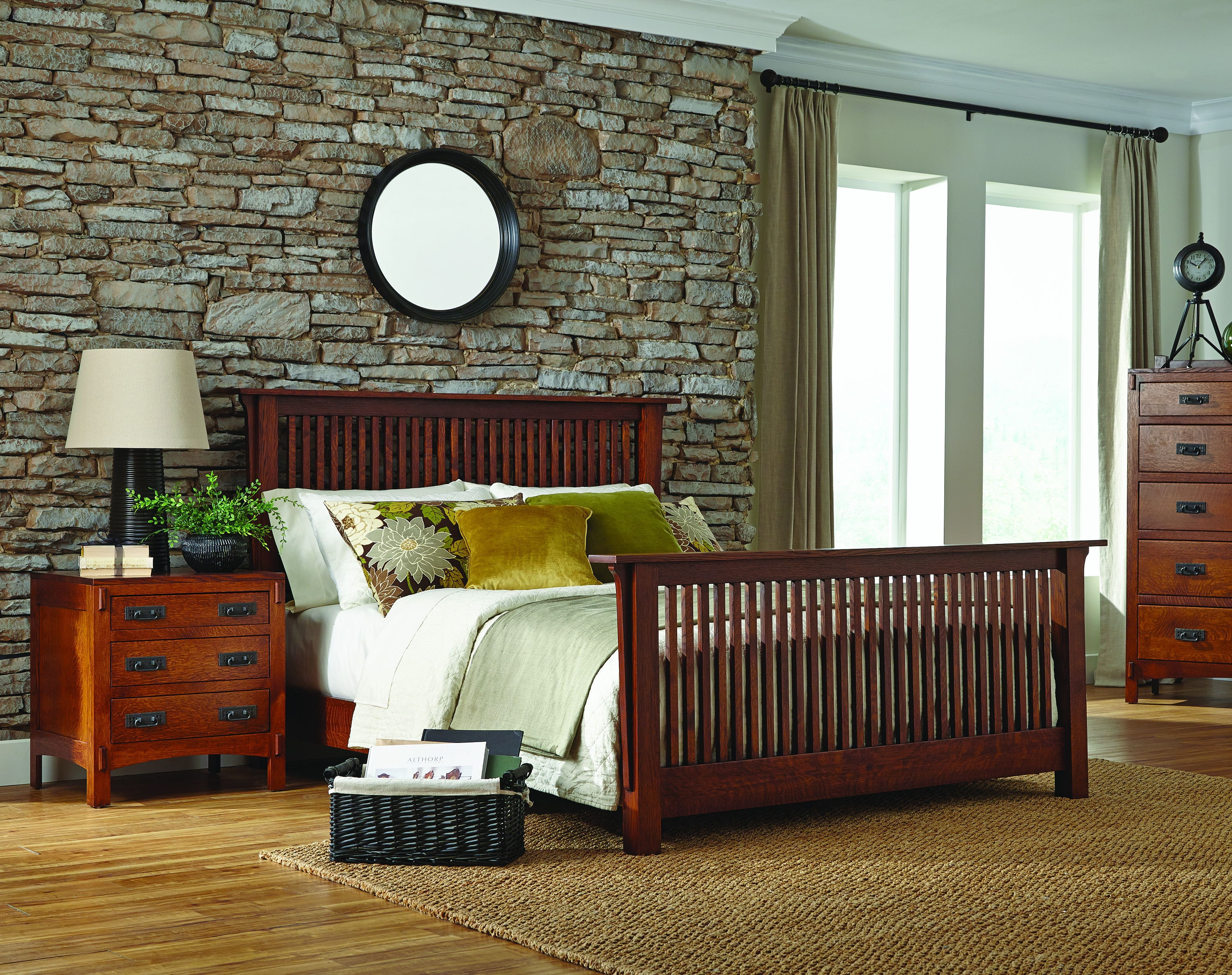palettes by winesburg spindle bed with rail footboard american craftsman spindle bed with rails from walter - Spindle Bed