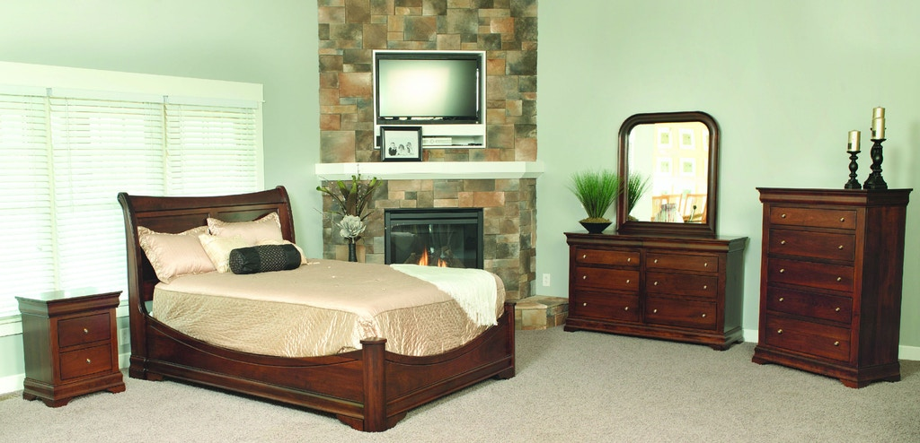 Yutzy woodworking bedroom bordeaux 5 drawer chest 92026 for Bedroom furniture raleigh nc