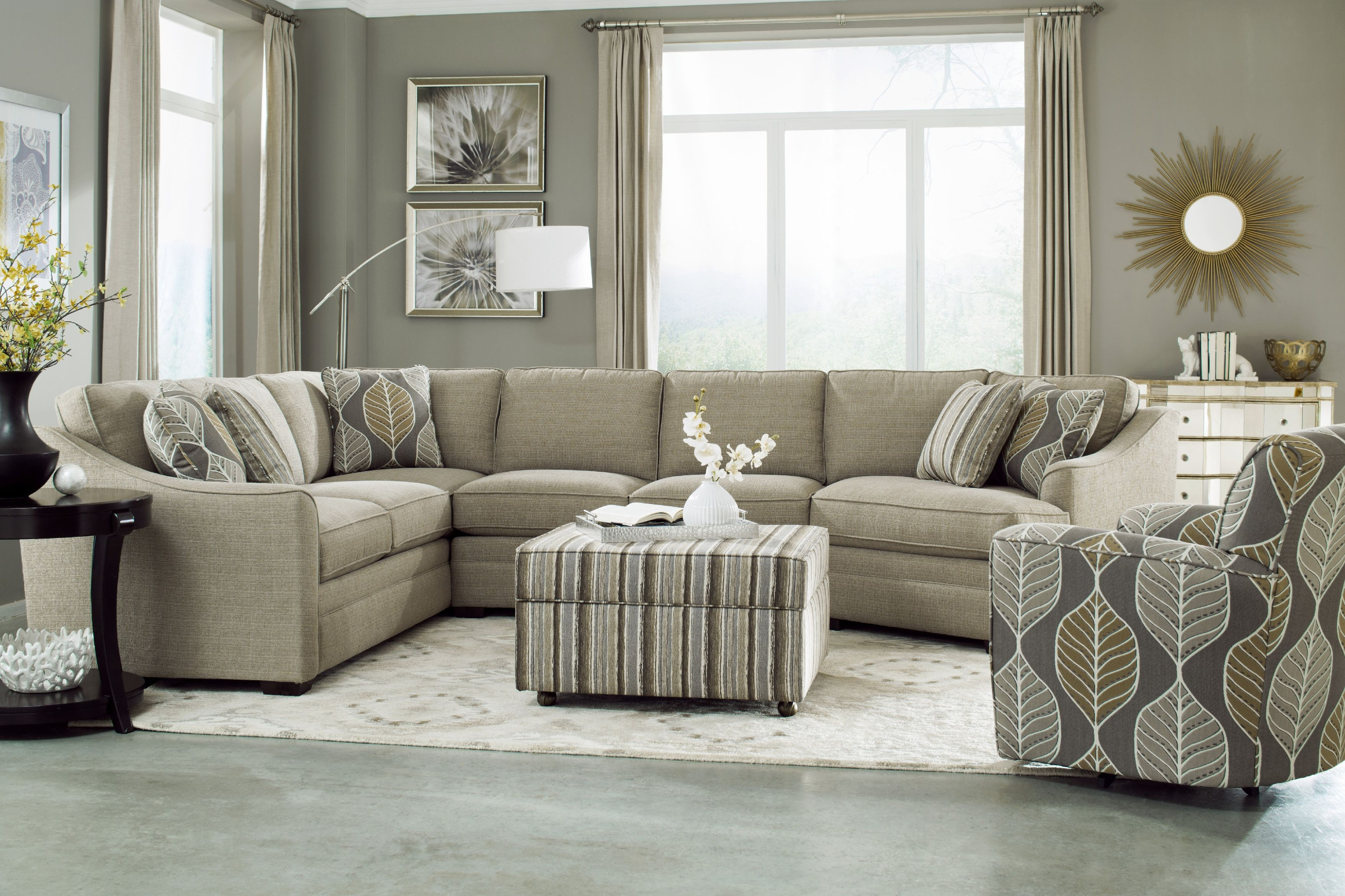 Gentil Craftmaster Sectional F9431 Sect