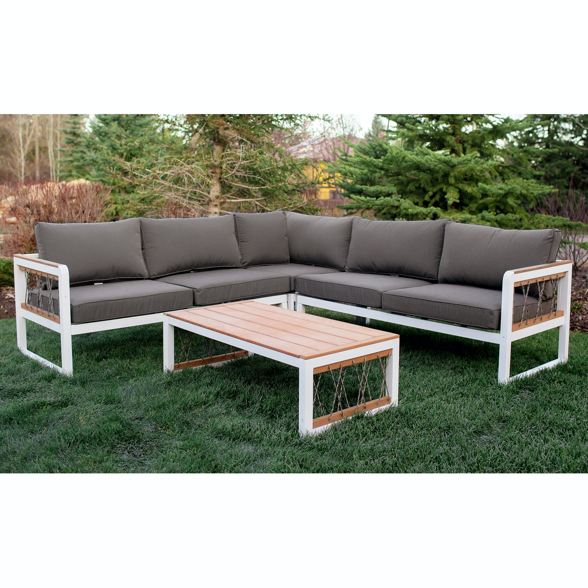 4 Piece Outdoor Sectional With Cord Accents Wedoaw4scrpwg