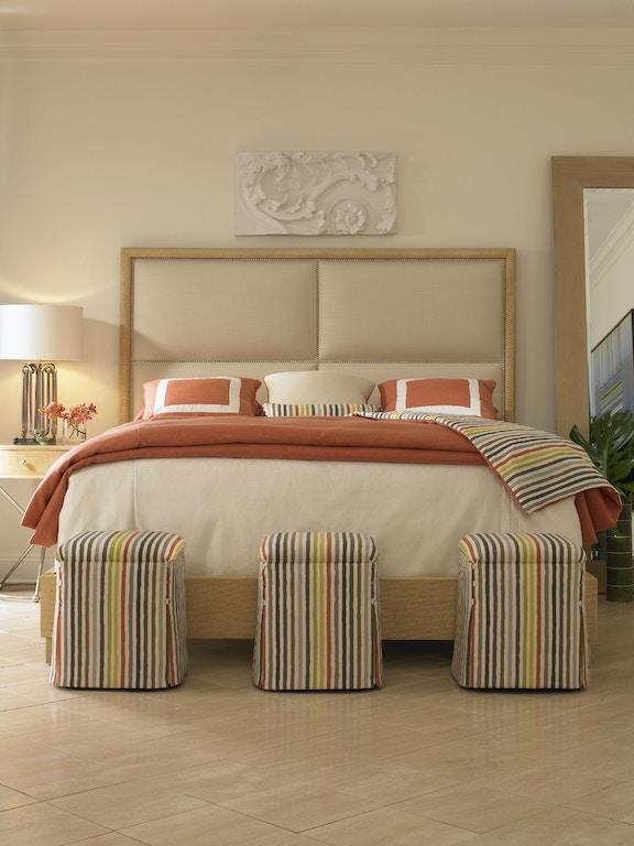 Chaddock Auto Sales >> Chaddock U1032-1 Living Room Cabaret Swivel Chair