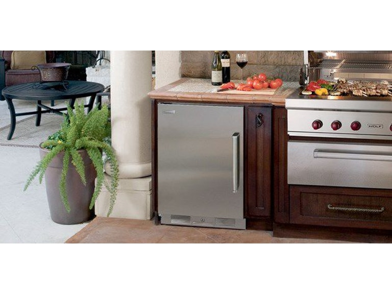 Sub Zero Kitchen Outdoor Refrigerator Uc 24ro Cricket S Home Furnishings Dimondale Mi