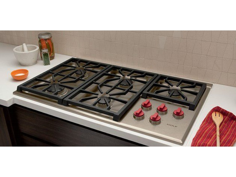 Wolf 36 Inch Professional Gas Cooktop Cg365p S