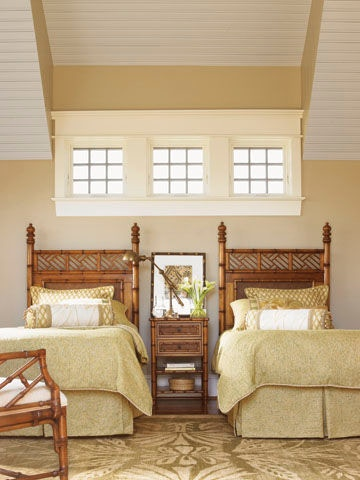 Superbe Tommy Bahama Home West Indies 3/3 Twin Headboard 531 161HB