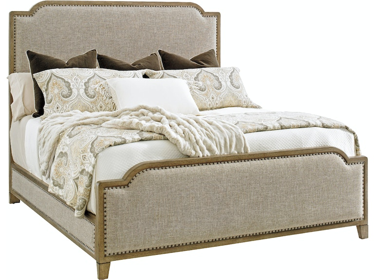 Stone Harbour Upholstered Bed 5/0 Queen LX010561143C