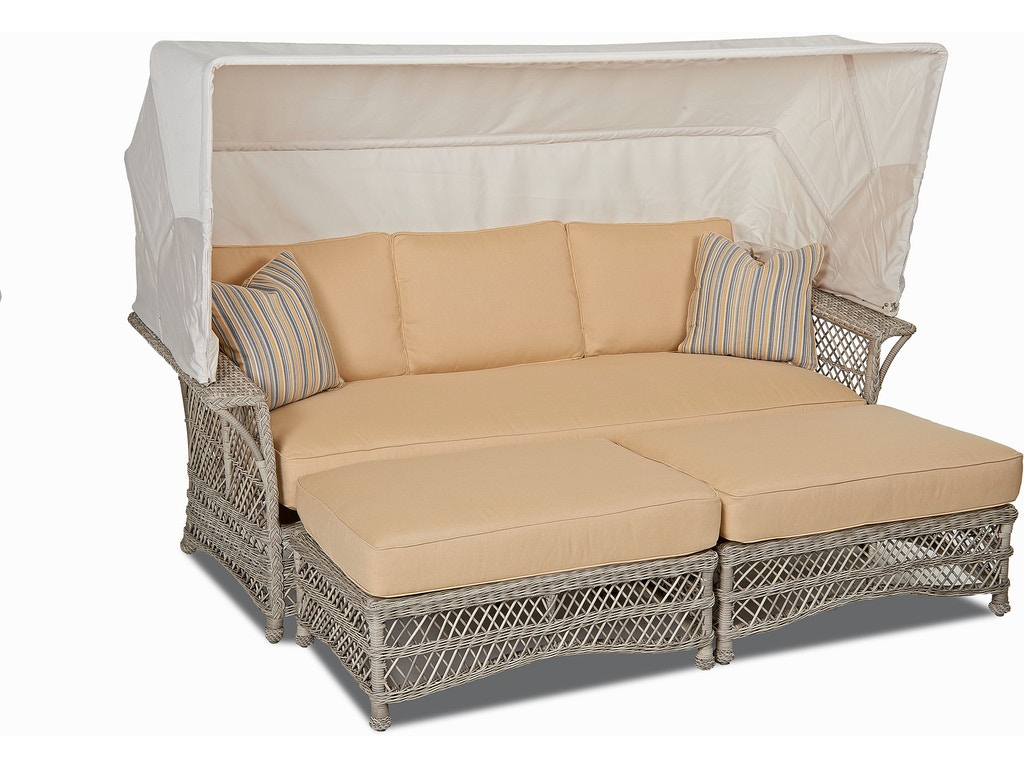 klaussner outdoor outdoorpatio willow daybed w1200 day hickory furniture mart hickory nc. Black Bedroom Furniture Sets. Home Design Ideas