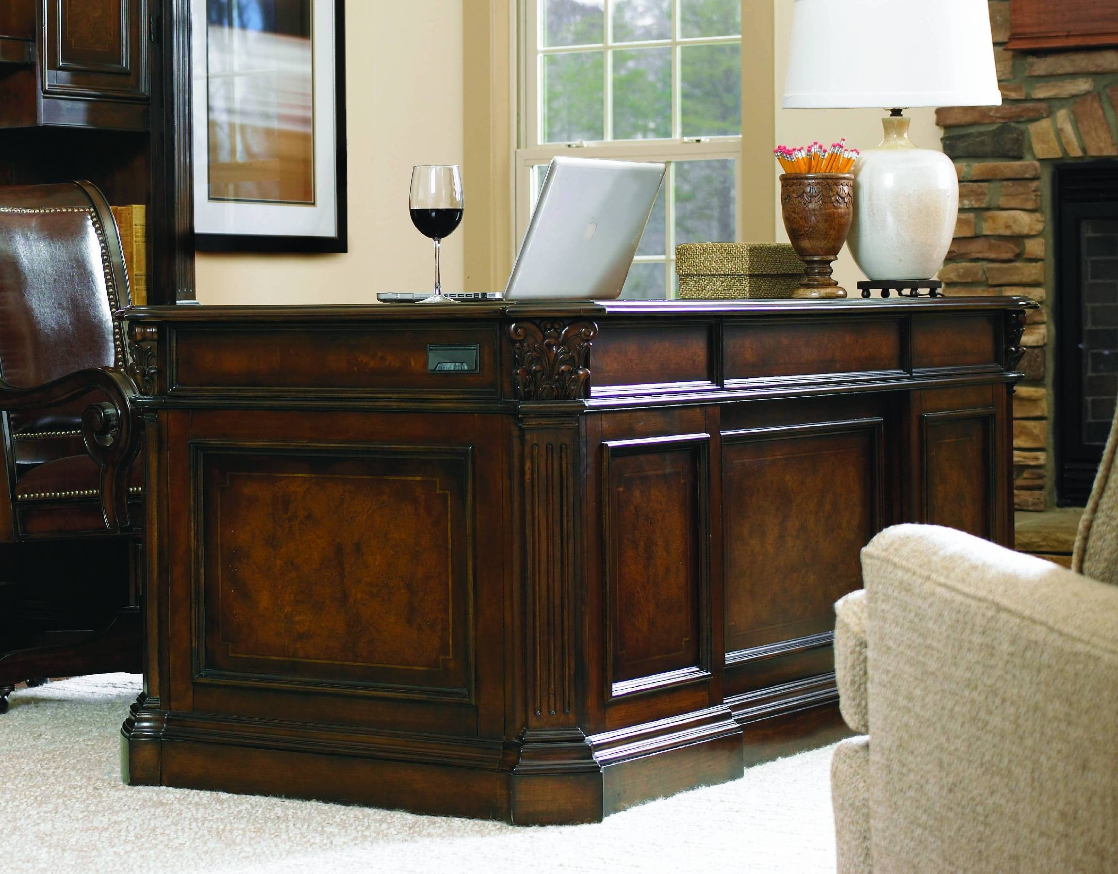 European Renaissance II 73 Executive Desk ST:320881