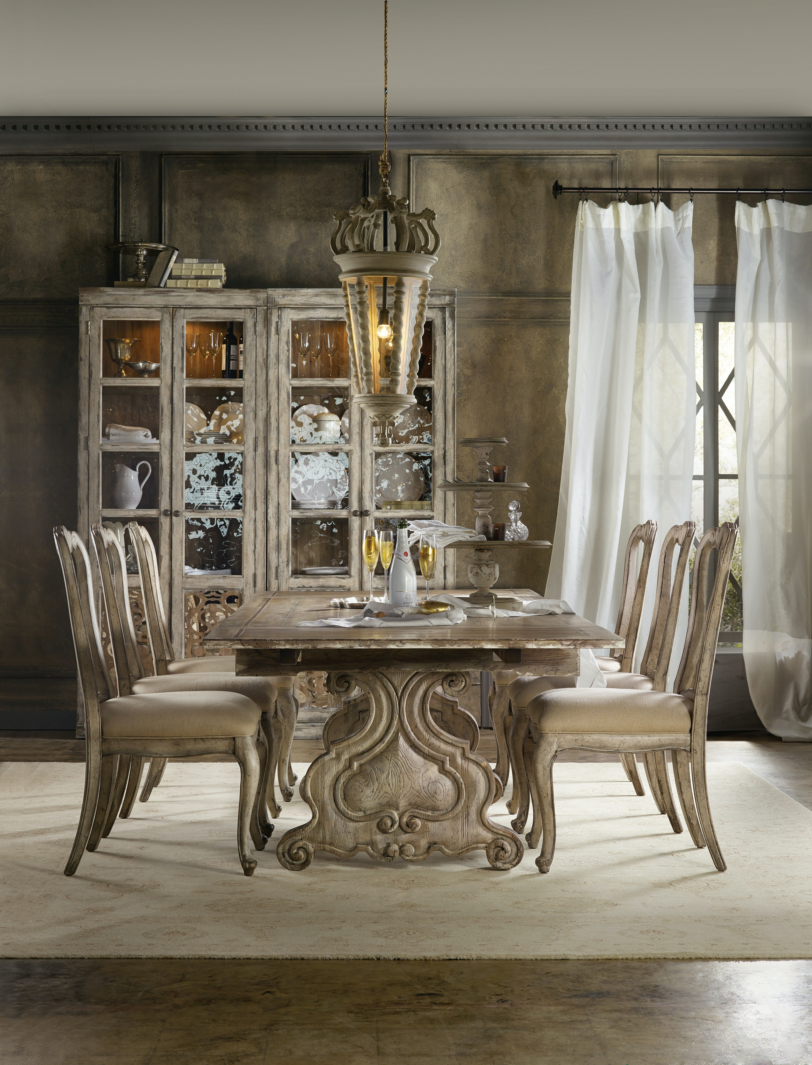 Chatelet 5 Piece Rectangle Dining Room Set GP:D231