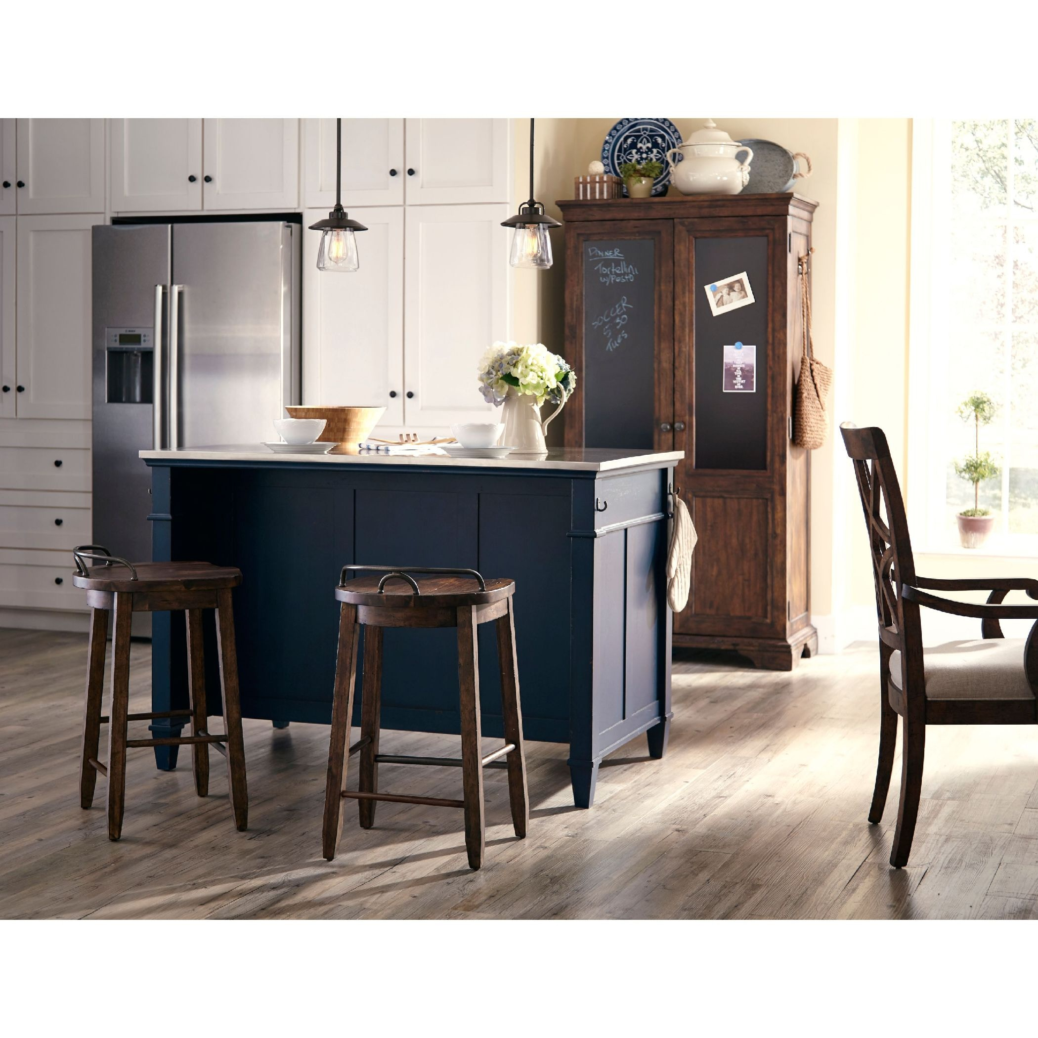 Trisha Yearwood   Miss Yearwood Kitchen Island   BLUE KT:45856