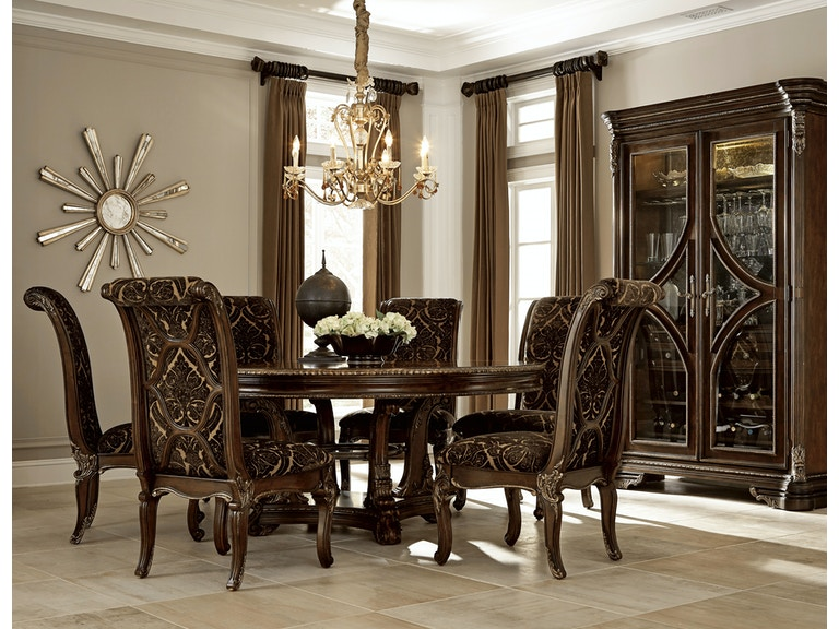 Gables 5-Piece Dining Room Set: includes 72\