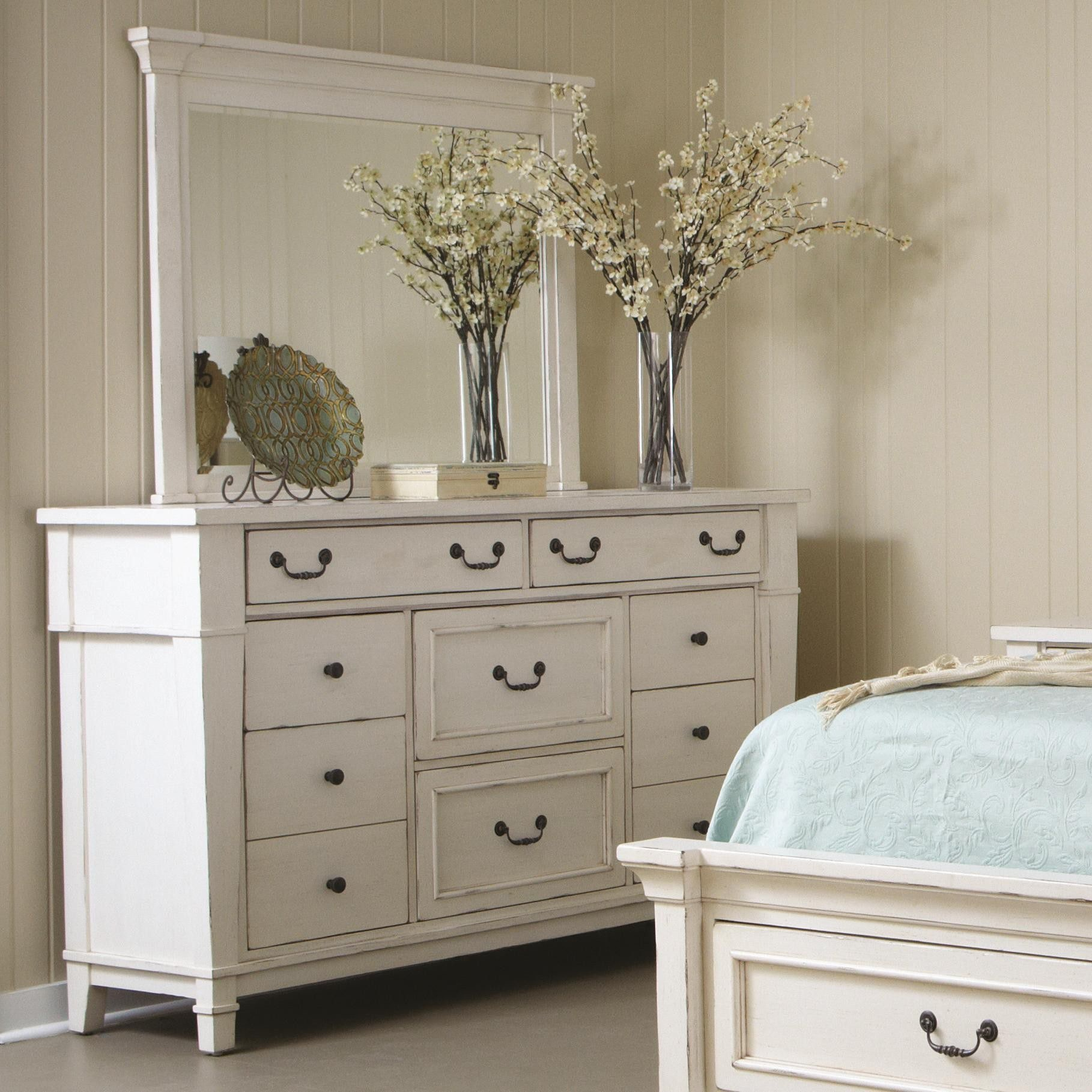 Stoney Creek Drawer Dresser