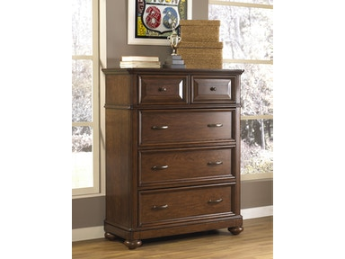 Expedition 5-Drawer Chest