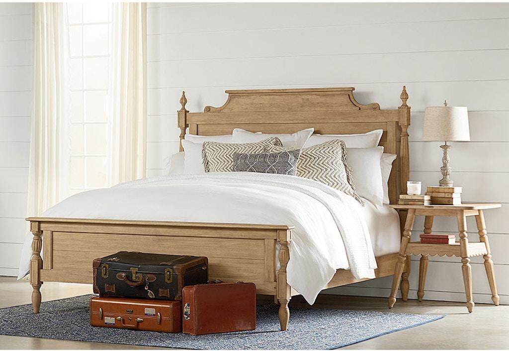 Magnolia Home By Joanna Gaines Bellmead Queen Bed 5 0 4070901Y 4070903Y