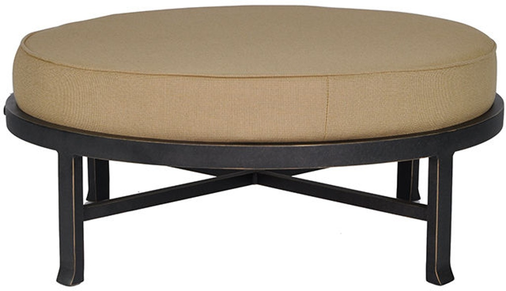 Groovy Cushioned Round Ottoman By Castelle Beatyapartments Chair Design Images Beatyapartmentscom