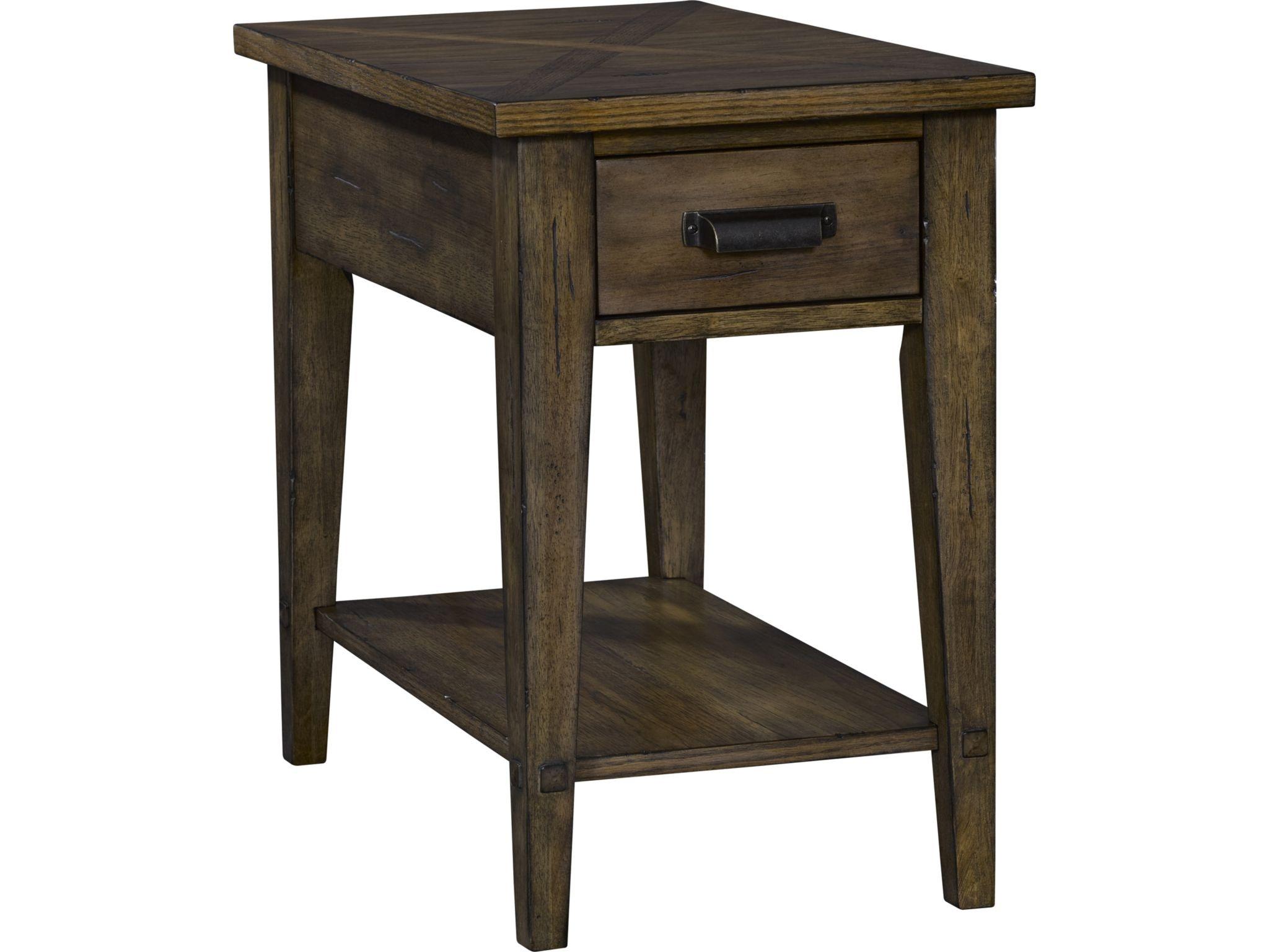 Broyhill Creedmoor™ Chairside Table 3113 004
