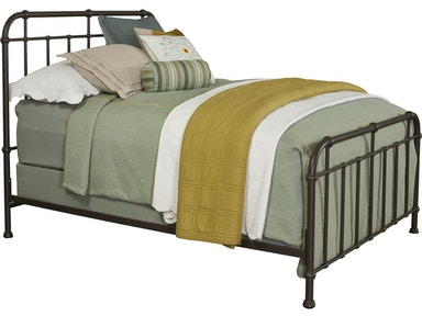 Broyhill Cranford™ Spindle Metal Bed