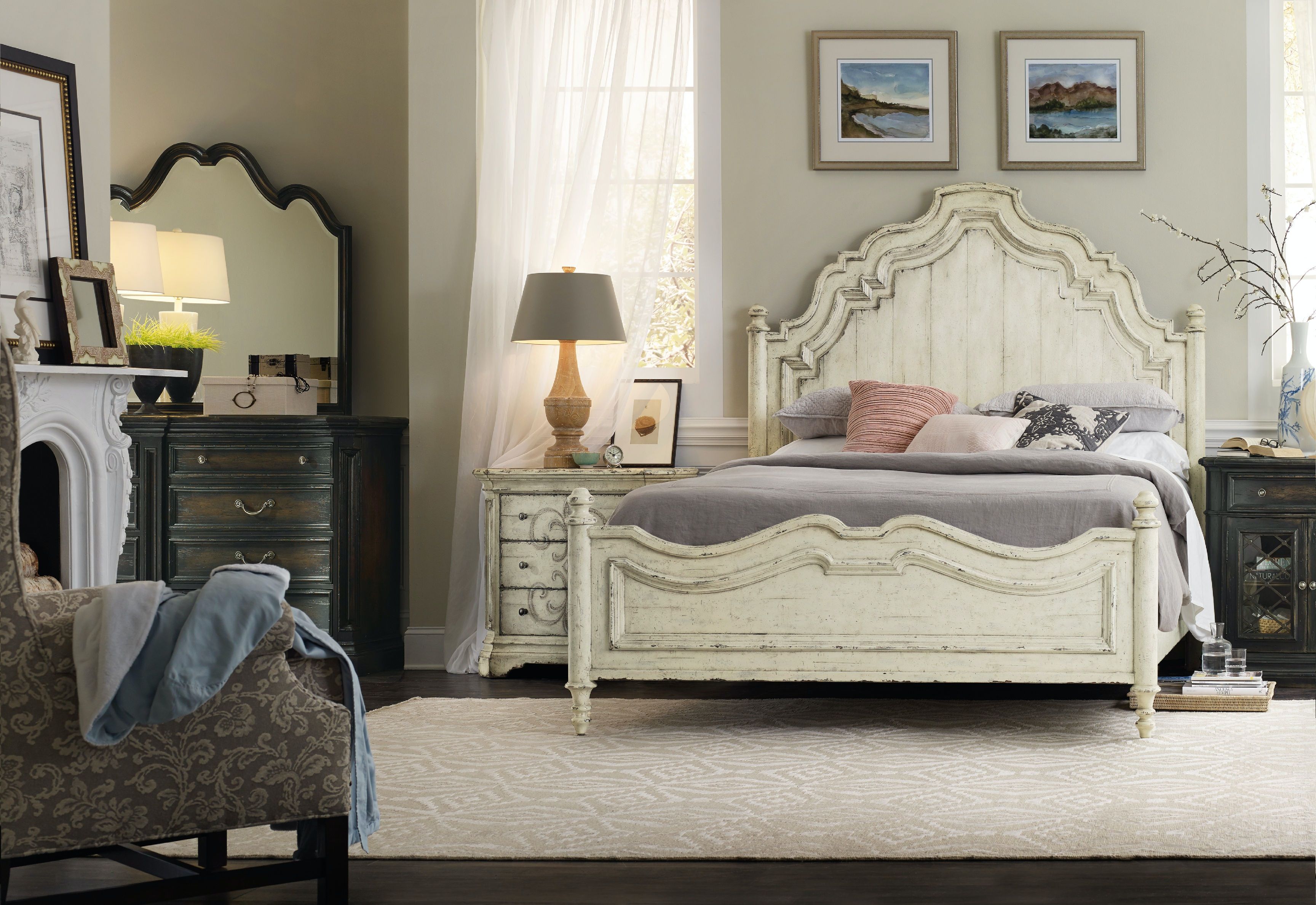 Hooker furniture bedroom auberose king panel bed 1595 for Hooker bedroom furniture