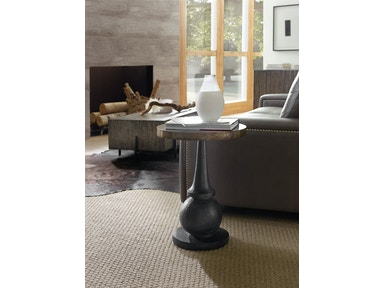 Hooker Furniture Living Room Curata Accent Table 1600