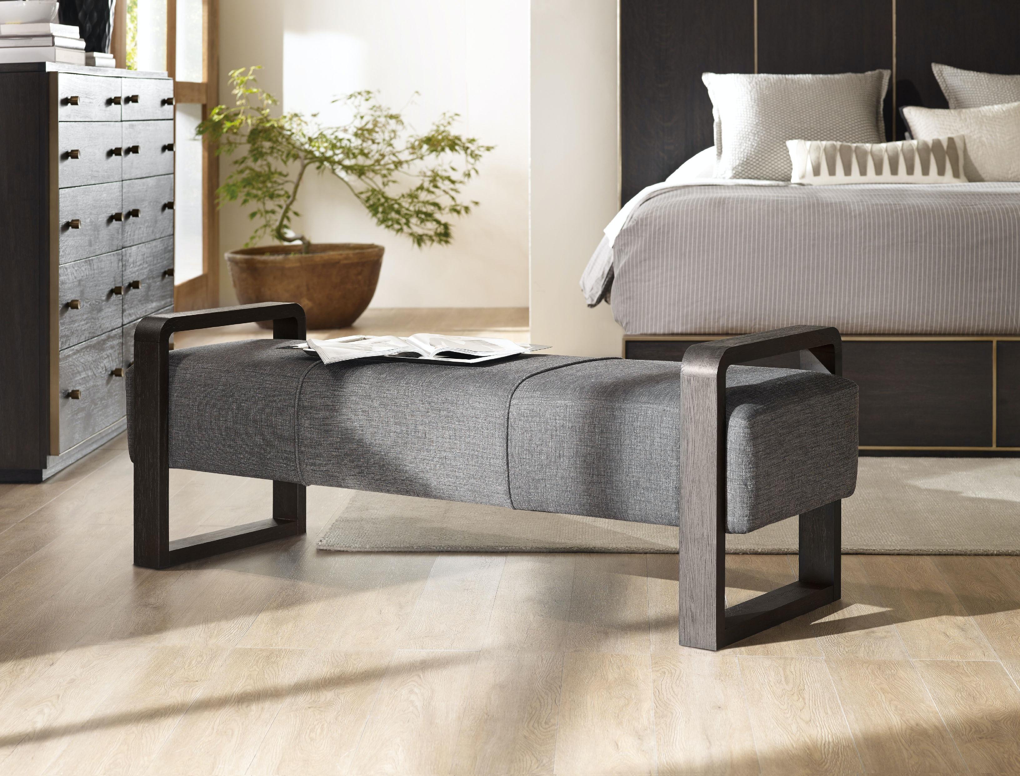 Hooker Furniture Living Room Curata Upholstered Bench 1600 ...