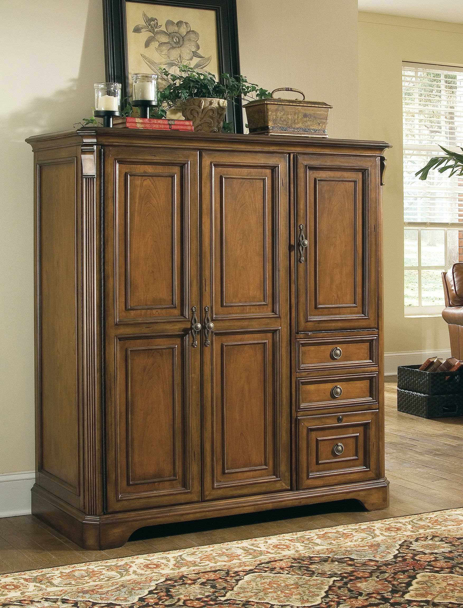 Hooker Furniture Home Office Brookhaven Computer Cabinet