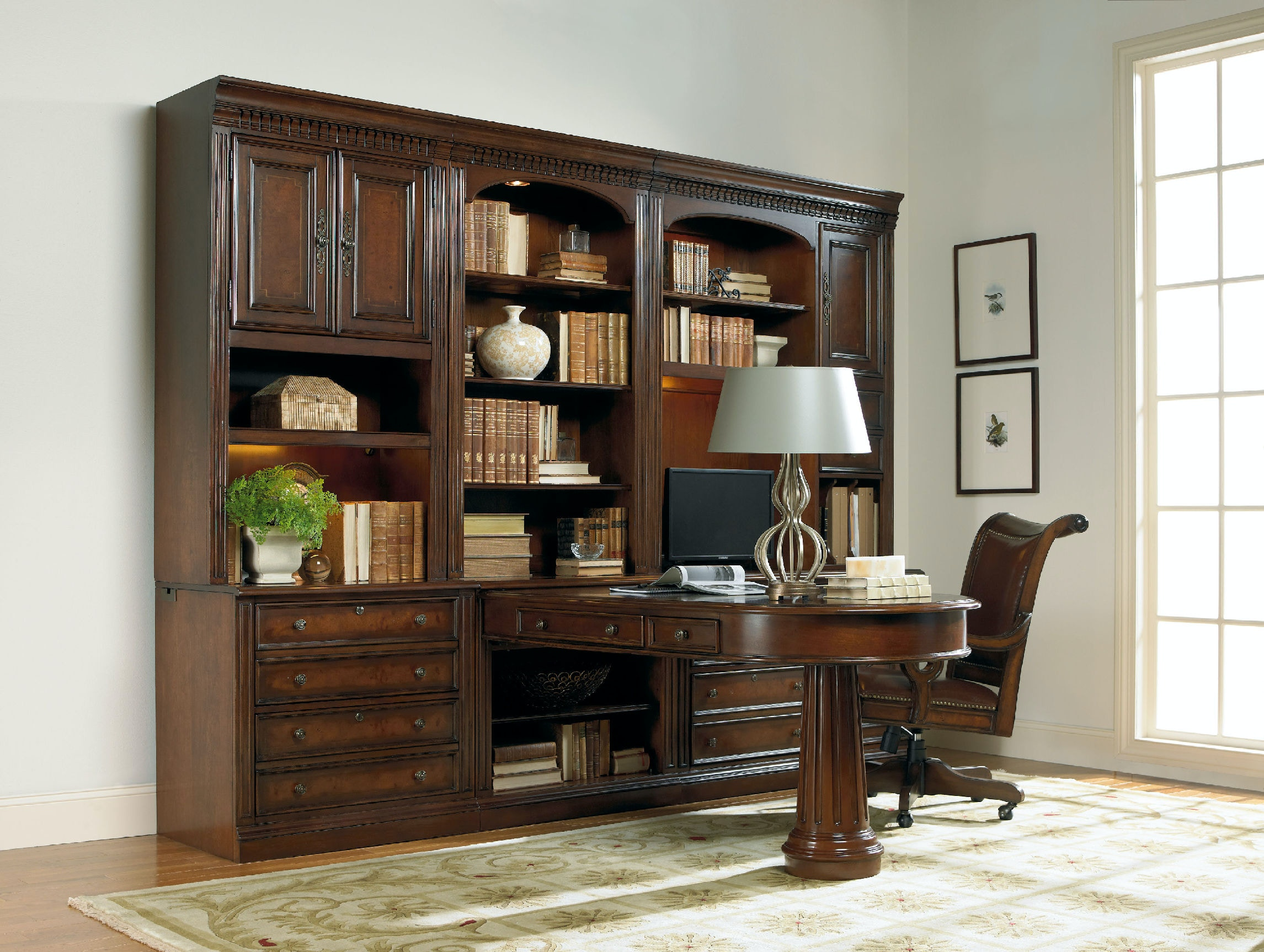 Hooker Furniture European Renaissance II Computer Credenza Hutch 374 10 435