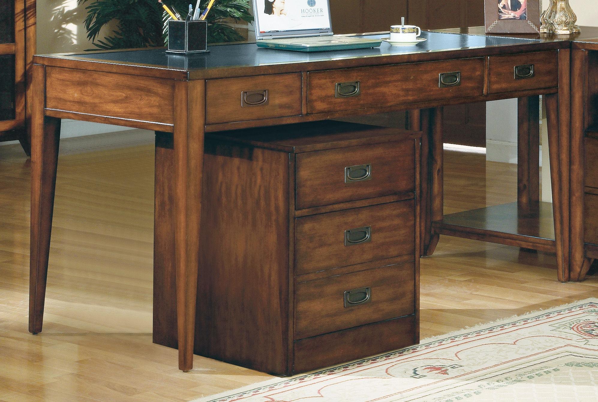 hooker furniture home office danforth executive leg desk 388-10-458