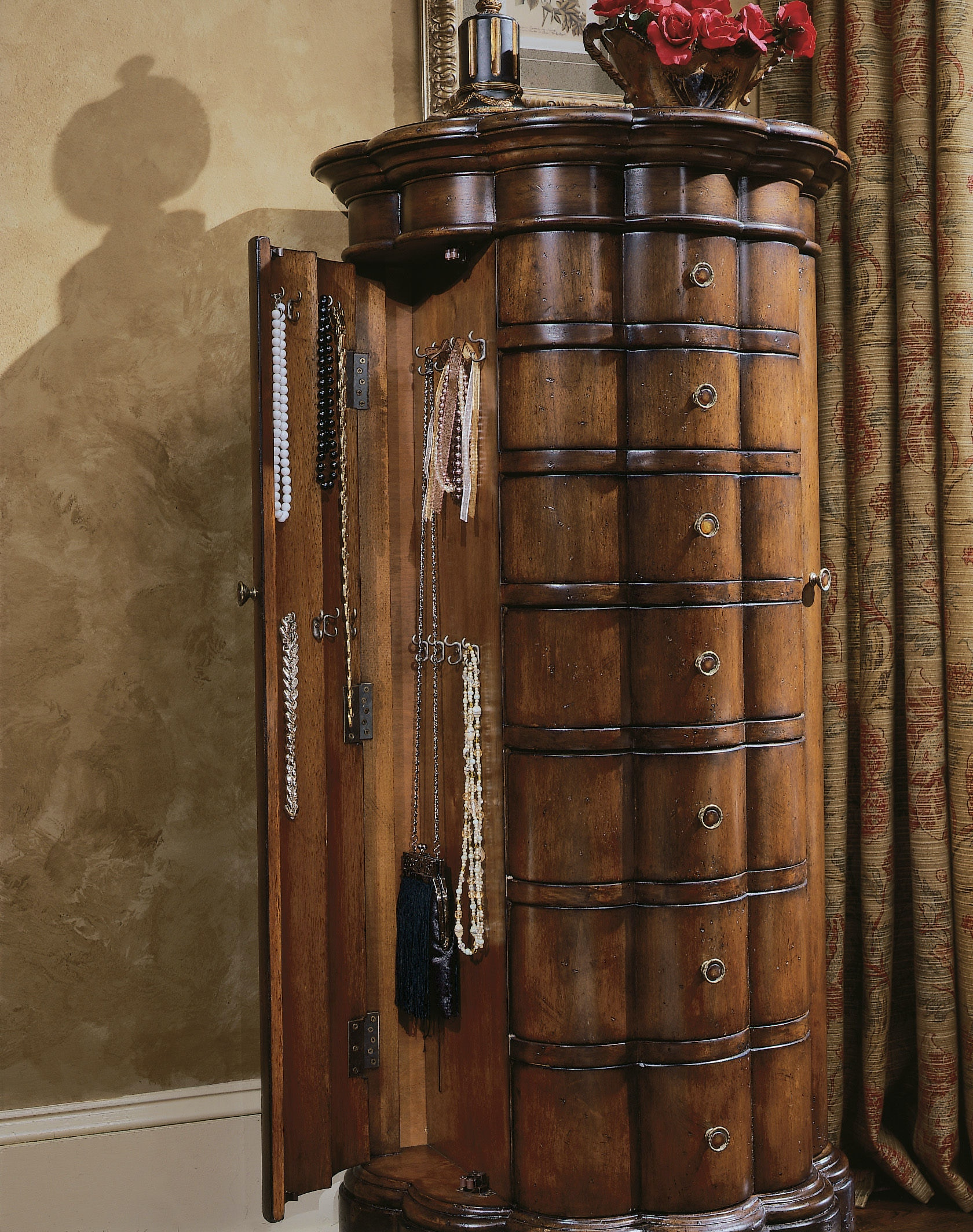 Hooker Furniture Shaped Jewelry Armoire Cherry 500 50 540
