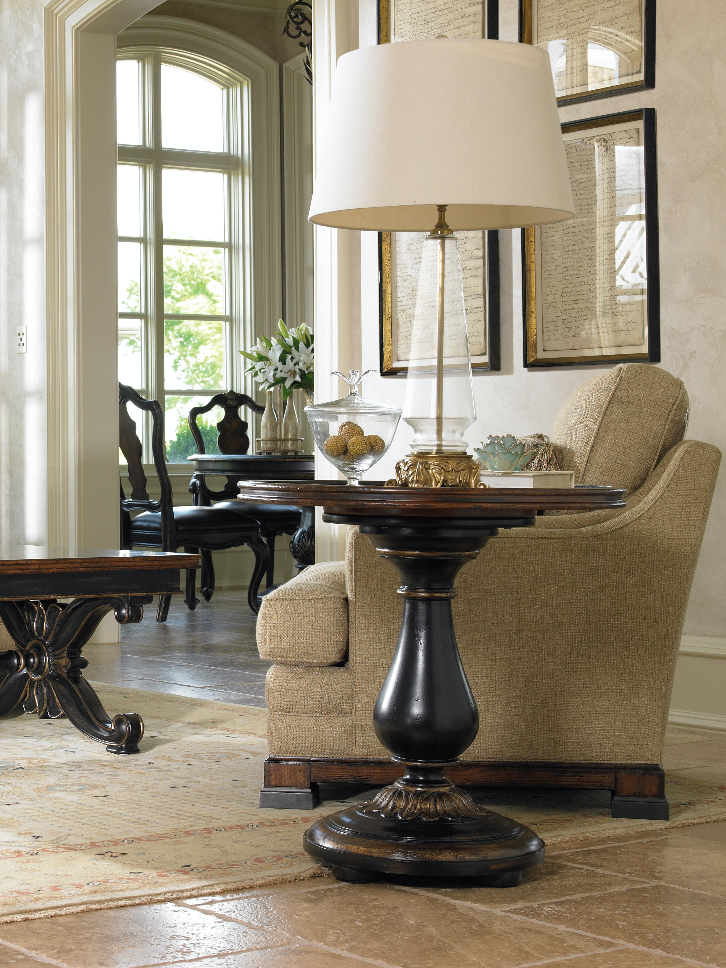 Hooker Furniture Living Room Grandover Round Accent Table 5029-50002