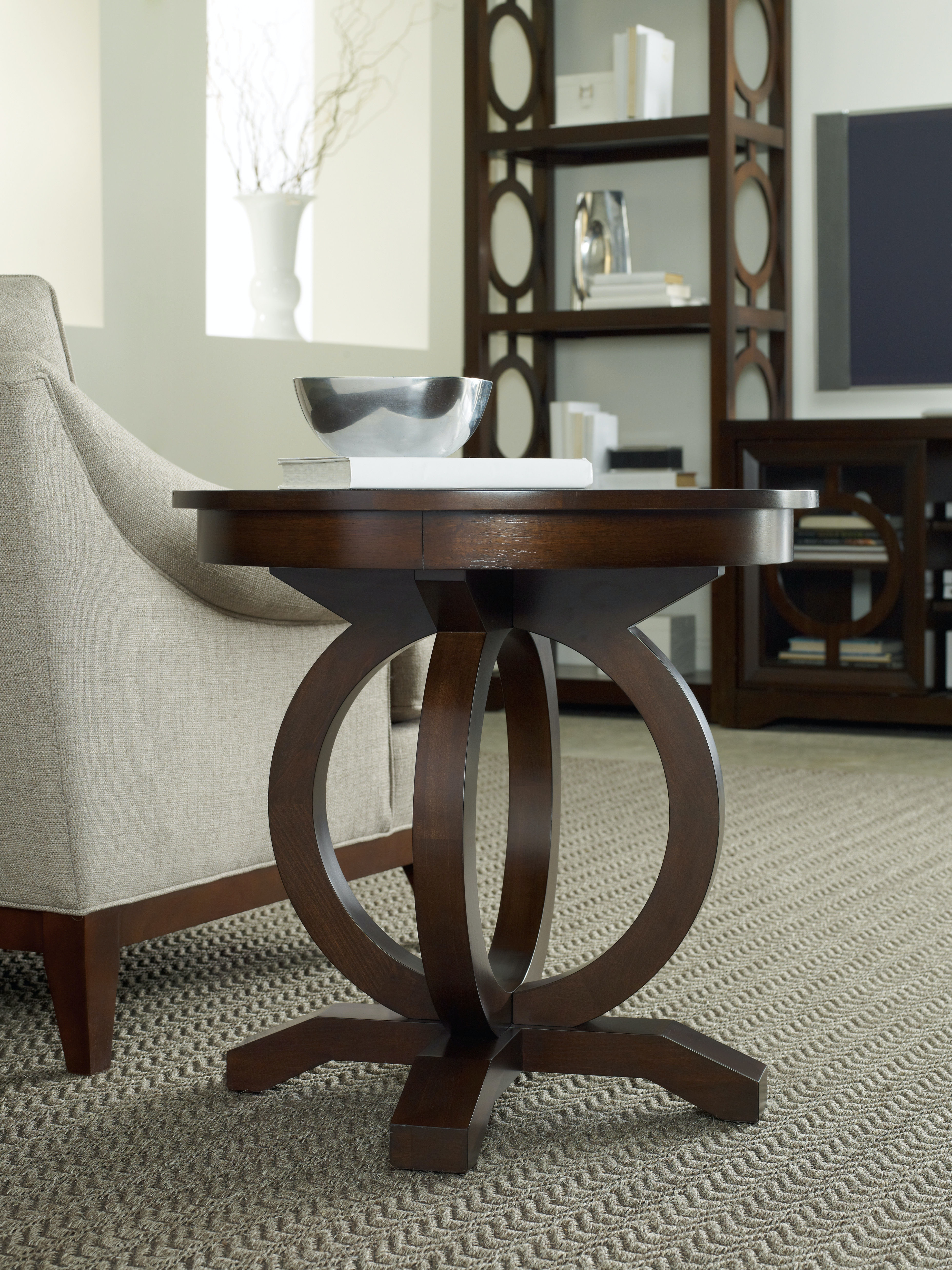 hooker furniture living room kinsey round end table 5066 80116. Black Bedroom Furniture Sets. Home Design Ideas