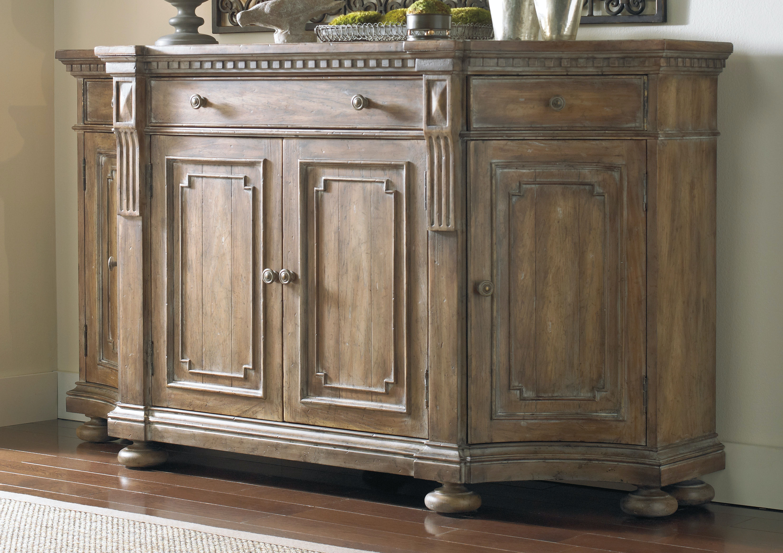 Hooker Furniture Sorella Shaped Credenza 5107 85001