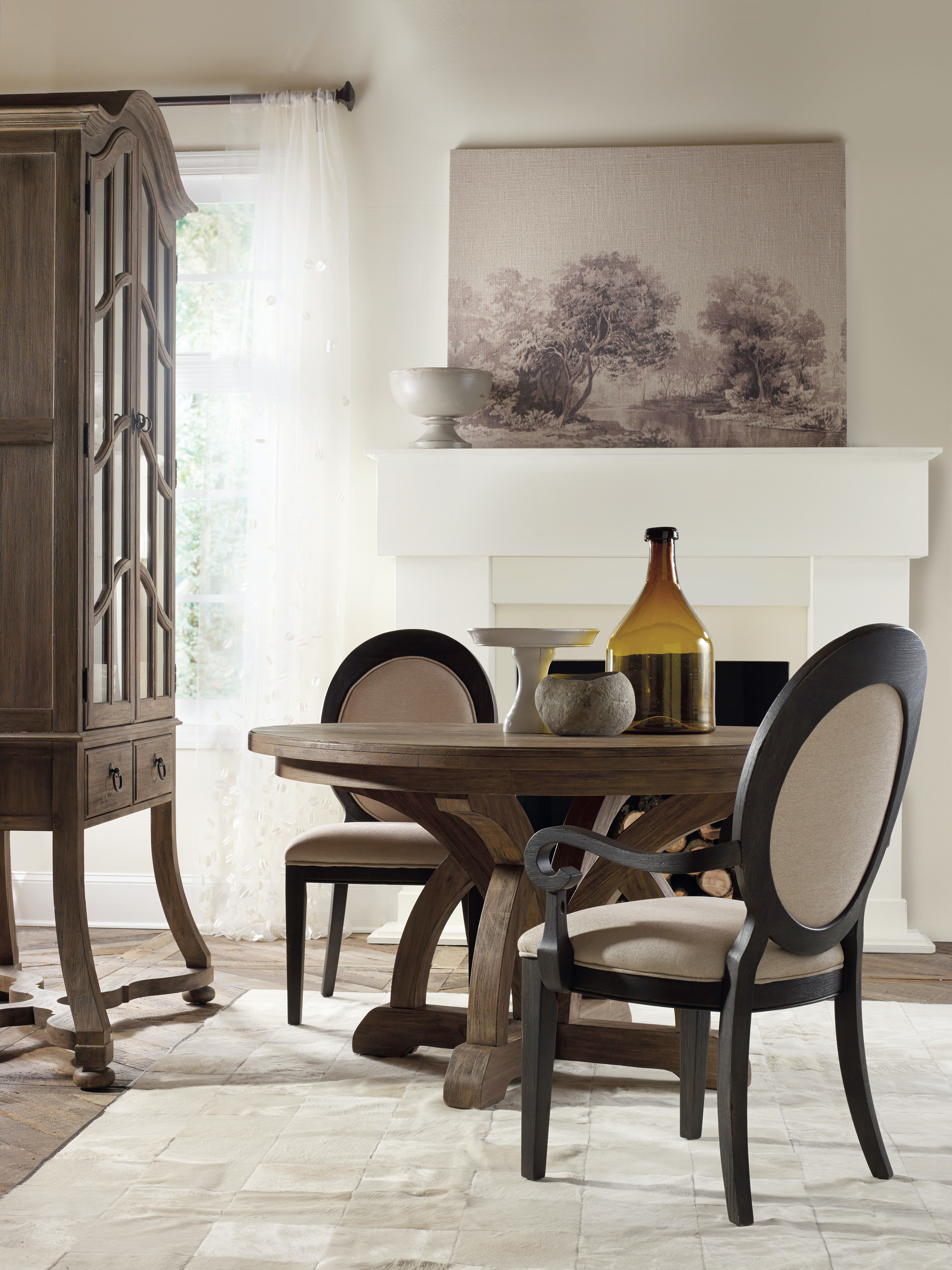 Round Dining Room Tables With Leaf hooker furniture dining room corsica round dining table w/1-18in