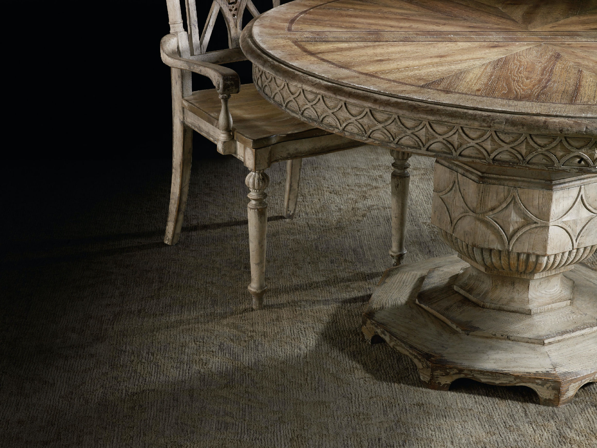 Hooker Furniture Dining Room Chatelet Round Dining Table with One