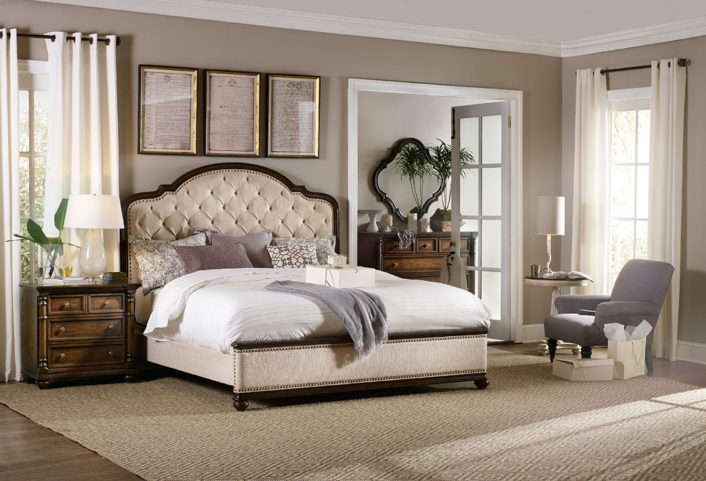 Superbe Hooker Furniture Leesburg Queen Upholstered Bed 5381 90850