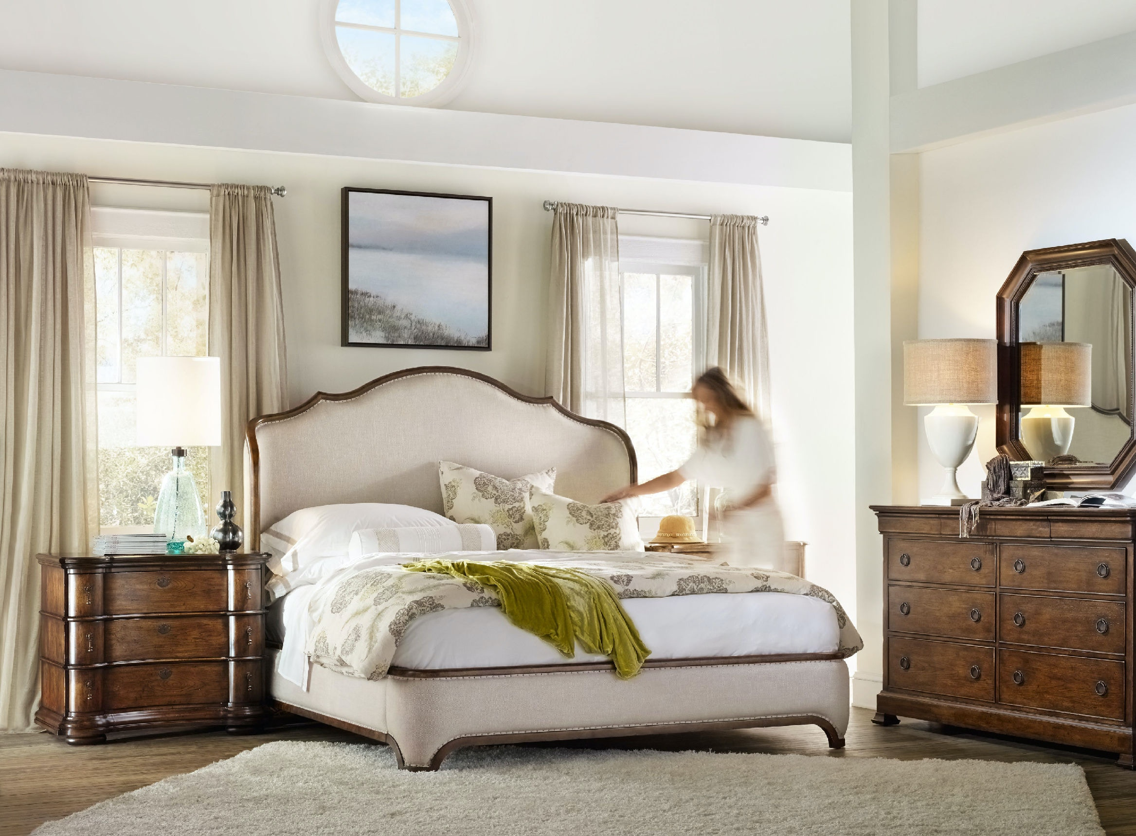 Hooker Furniture Bedroom Archivist King Upholstered Shelter Bed ...