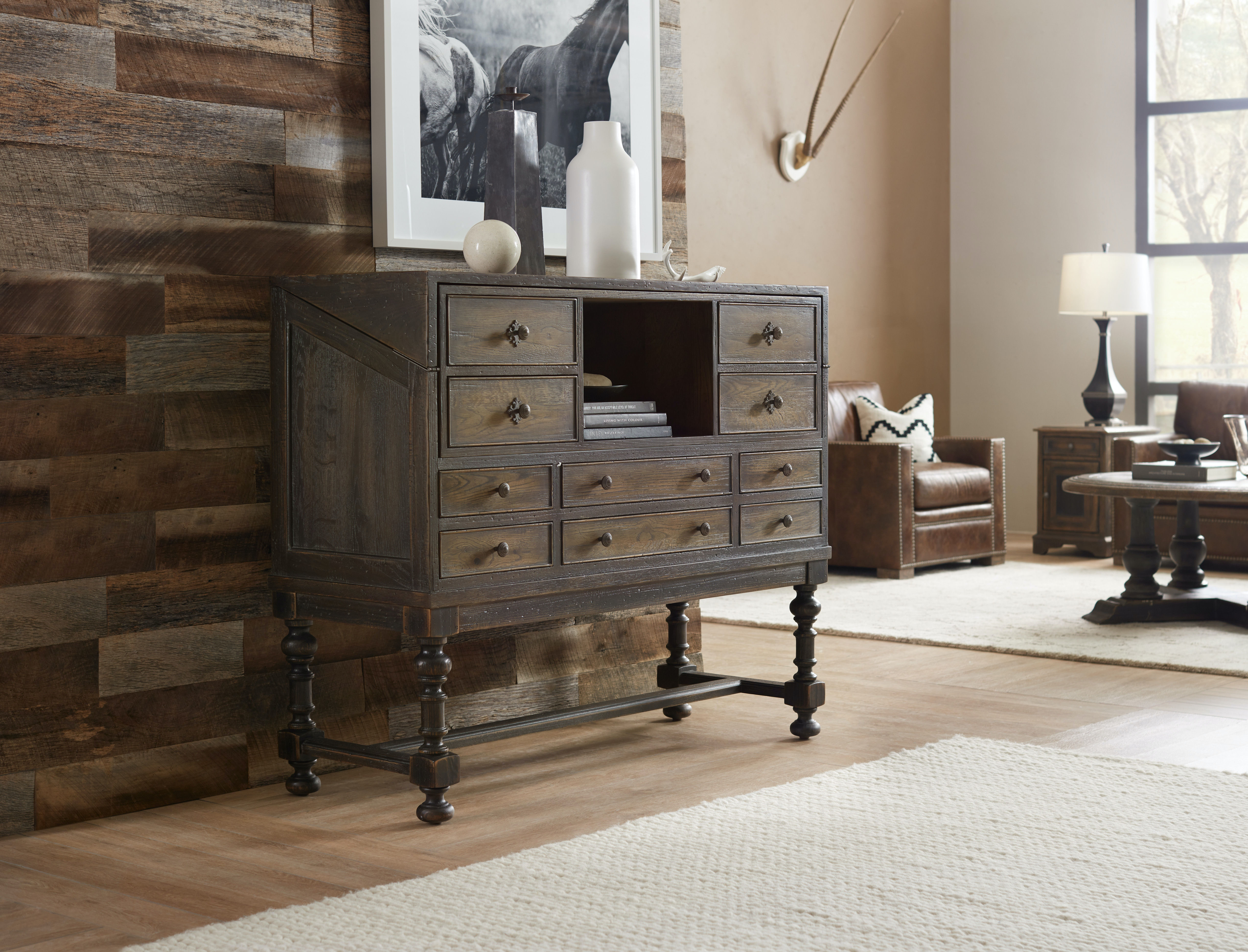 Hooker Furniture Hill Country Boerne Ranch Managers Desk 5960 10482 MULTI