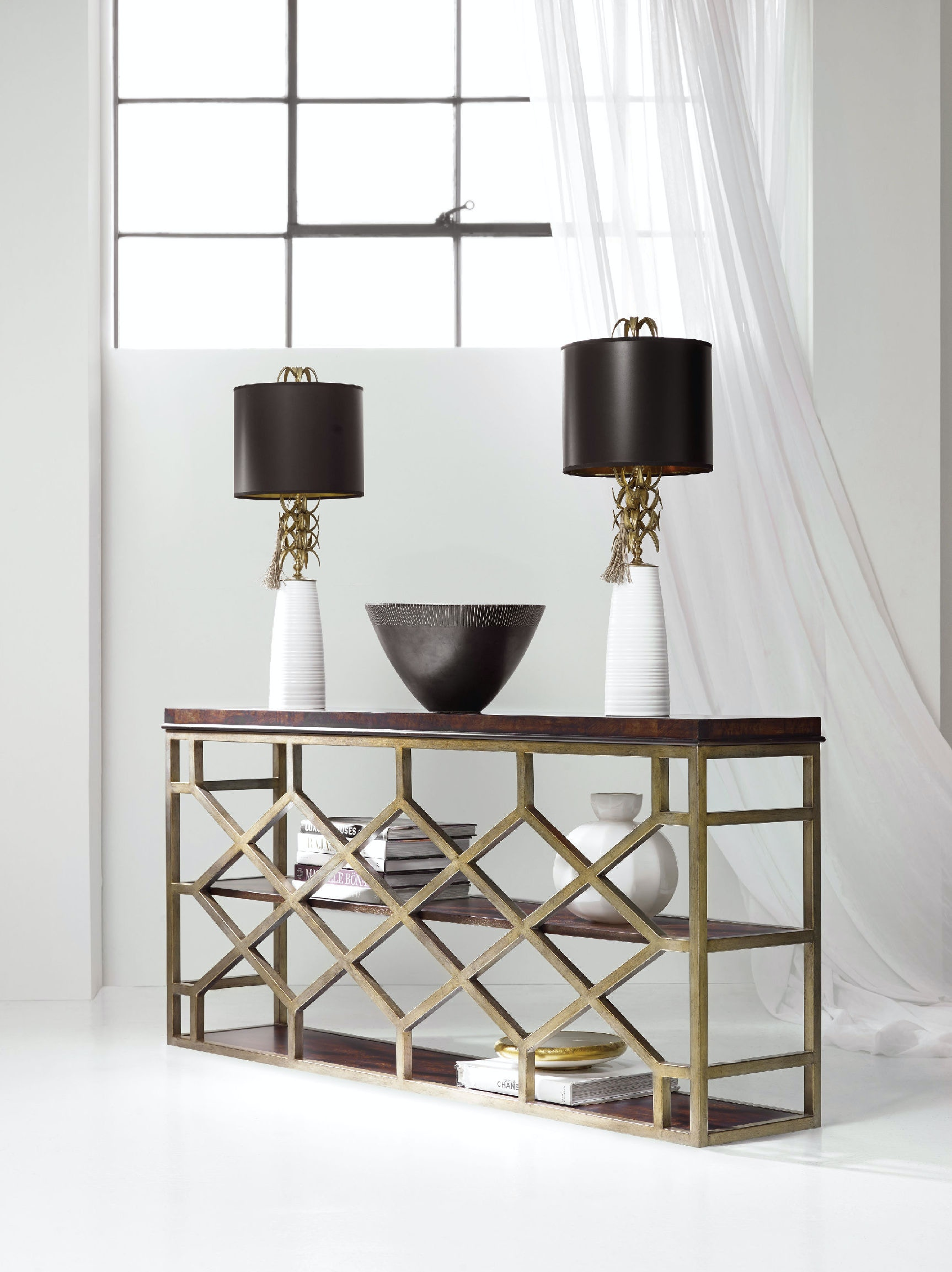 hooker furniture living room melange giles console table 638 85290 dkw. Black Bedroom Furniture Sets. Home Design Ideas