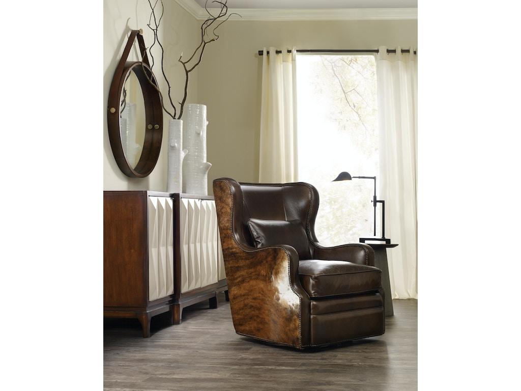 Hooker Furniture Living Room Wellington Swivel Club Chair