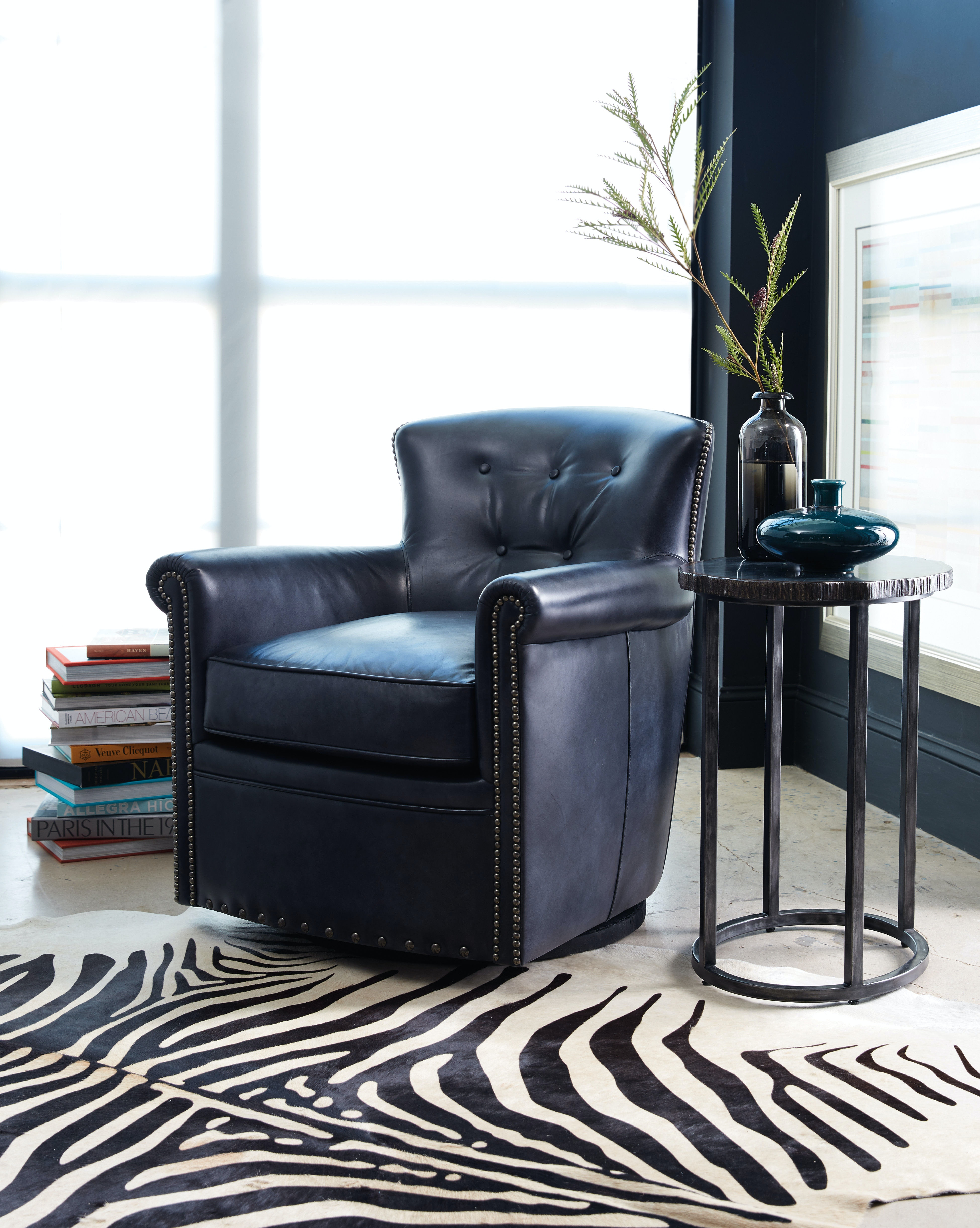 Hooker Furniture Living Room Jacob Swivel Club Chair CC510-SW-048