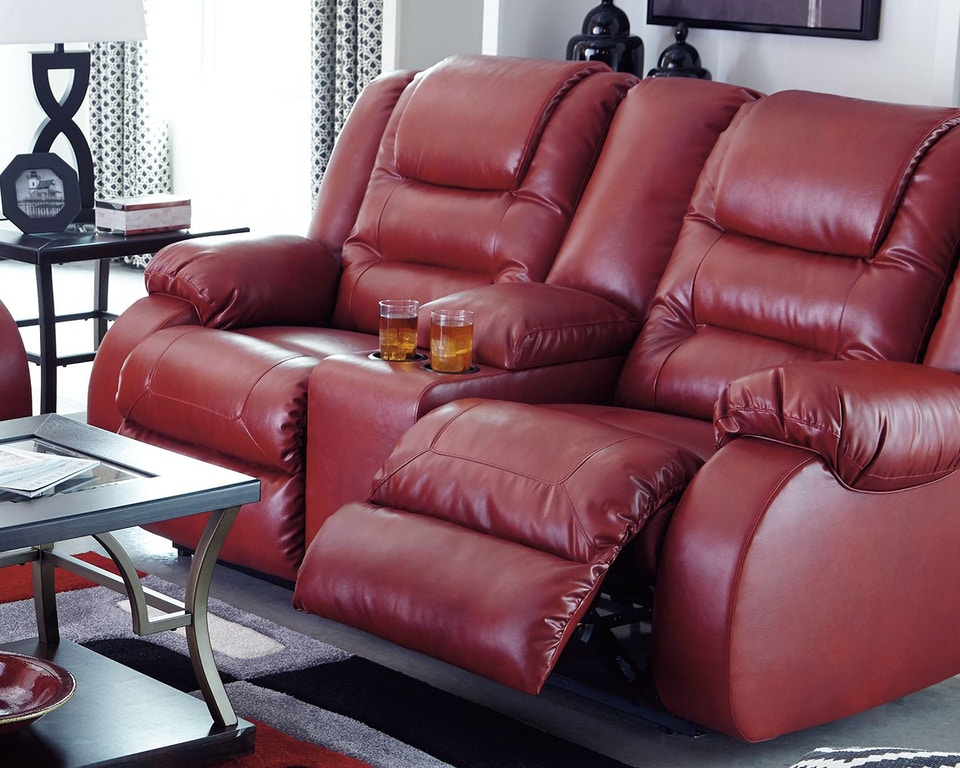 Signature Design By Ashley Living Room Vacherie Reclining