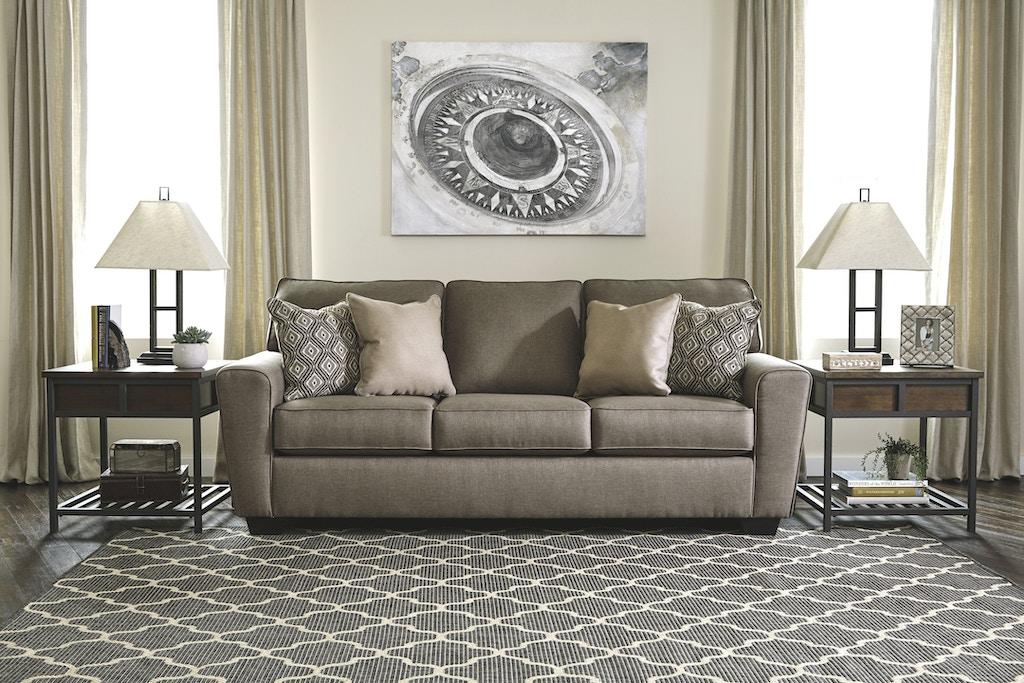 Sofa w/four accent pillows