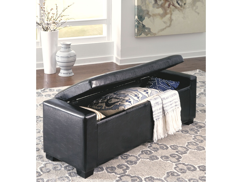 Signature Design By Ashley Bedroom Upholstered Storage Bench B010 209 Callan Furniture St