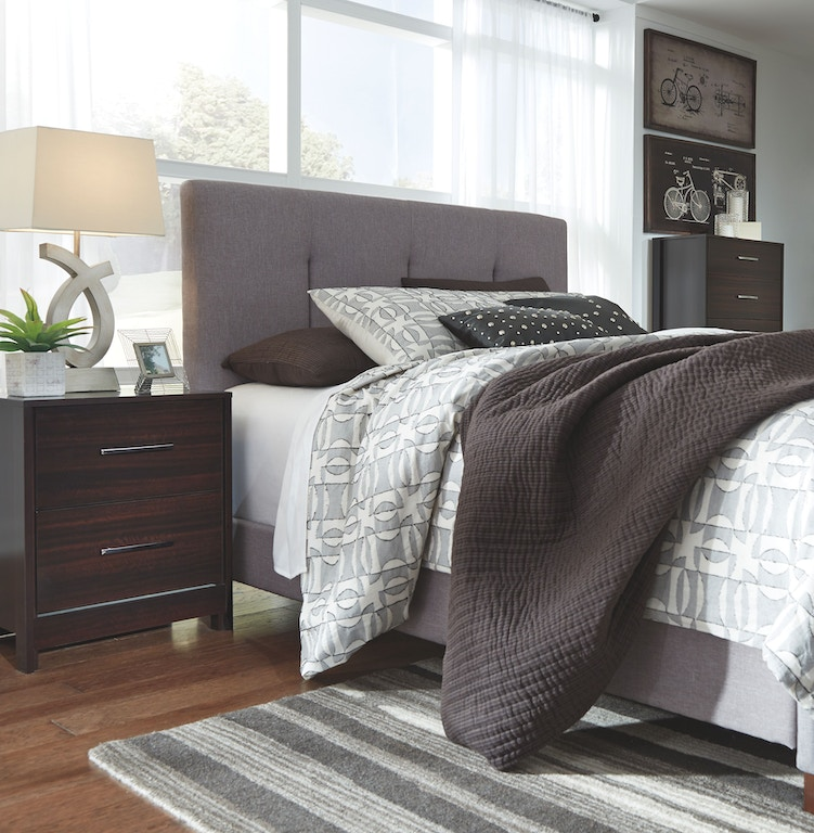 Ashley Furniture Portland Or: Ashley Dolante Queen Upholstered Bed B130-781